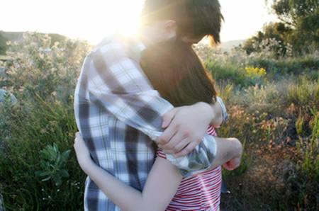 【爱情美文】深爱过一个人,一生心疼